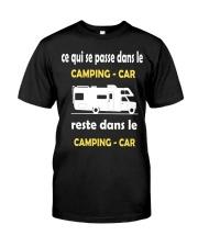 ce qui se passe dans le camping car Classic T-Shirt front