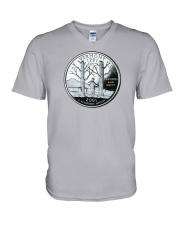 US Quarter - Vermont 2001 V-Neck T-Shirt thumbnail