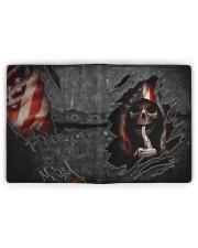 Skull Tattered Flag Men's Leather Wallet full