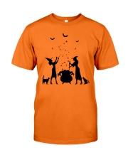 WITCH'S KITCHEN Classic T-Shirt thumbnail