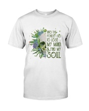 INTO THE FOREST SKULL  Classic T-Shirt thumbnail