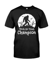 TRICK OR TREAT CHAMPION Classic T-Shirt front
