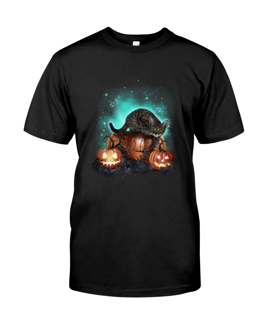 Cat light and pumpkin Classic T-Shirt