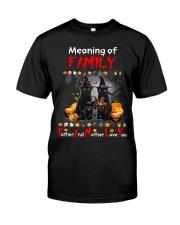 Black Cat Family Halloween Classic T-Shirt thumbnail