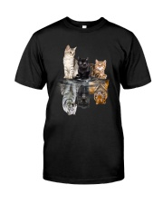 Cats Dreaming 2405 Classic T-Shirt front