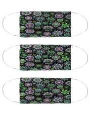 Doodle-Flowers-Pattern Cloth face mask thumbnail