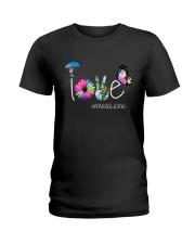 Paragliding Need Love Peace Ladies T-Shirt thumbnail