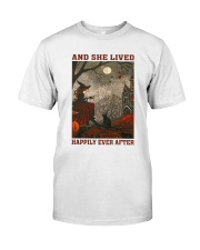 Witch and she lived Classic T-Shirt thumbnail