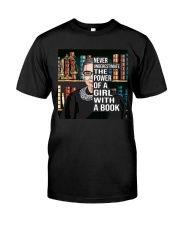RBG never underestimate book Classic T-Shirt thumbnail