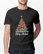 Merry Chickmas Chicken Christmas tree funny X-mas Classic T-Shirt lifestyle-mens-crewneck-front-13