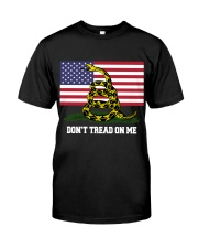DON'T TREAD ON ME Classic T-Shirt front