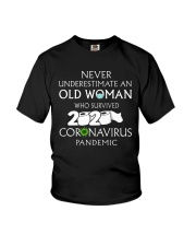 Never underestimate an old woman  Youth T-Shirt thumbnail