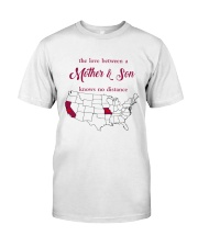 MISSOURI CALIFORNIA THE LOVE MOTHER AND SON Classic T-Shirt thumbnail