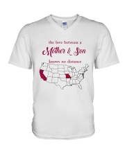 MISSOURI CALIFORNIA THE LOVE MOTHER AND SON V-Neck T-Shirt tile