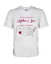 ARIZONA MASSACHUSETTS THE LOVE MOTHER AND SON V-Neck T-Shirt thumbnail