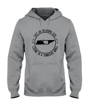 OKLAHOMA GIRL LIVING IN TENNESSEE WORLD Hooded Sweatshirt front