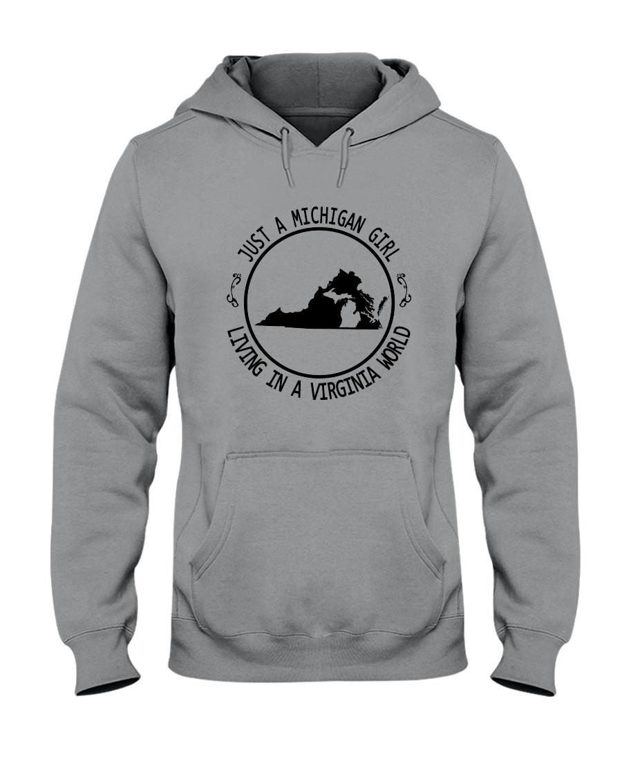 MICHIGAN GIRL LIVING IN VIRGINIA WORLD Hooded Sweatshirt