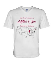 ILLINOIS CONNECTICUT THE LOVE MOTHER AND SON V-Neck T-Shirt thumbnail