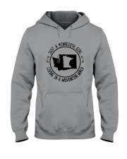 MINNESOTA GIRL LIVING IN WASHINGTON WORLD Hooded Sweatshirt front