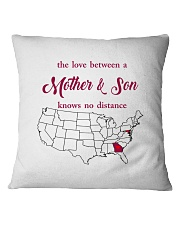 GEORGIA MARYLAND THE LOVE MOTHER AND SON Square Pillowcase thumbnail