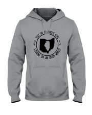 ILLINOIS GIRL LIVING IN OHIO WORLD Hooded Sweatshirt front