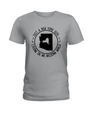 NEW YORK GIRL LIVING IN ARIZONA WORLD Ladies T-Shirt thumbnail