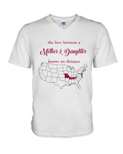 MISSOURI TENNESSEE THE LOVE MOTHER AND DAUGHTER V-Neck T-Shirt thumbnail