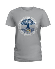 LIVING IN SOUTH CAROLINA WITH NEW YORK ROOTS Ladies T-Shirt front