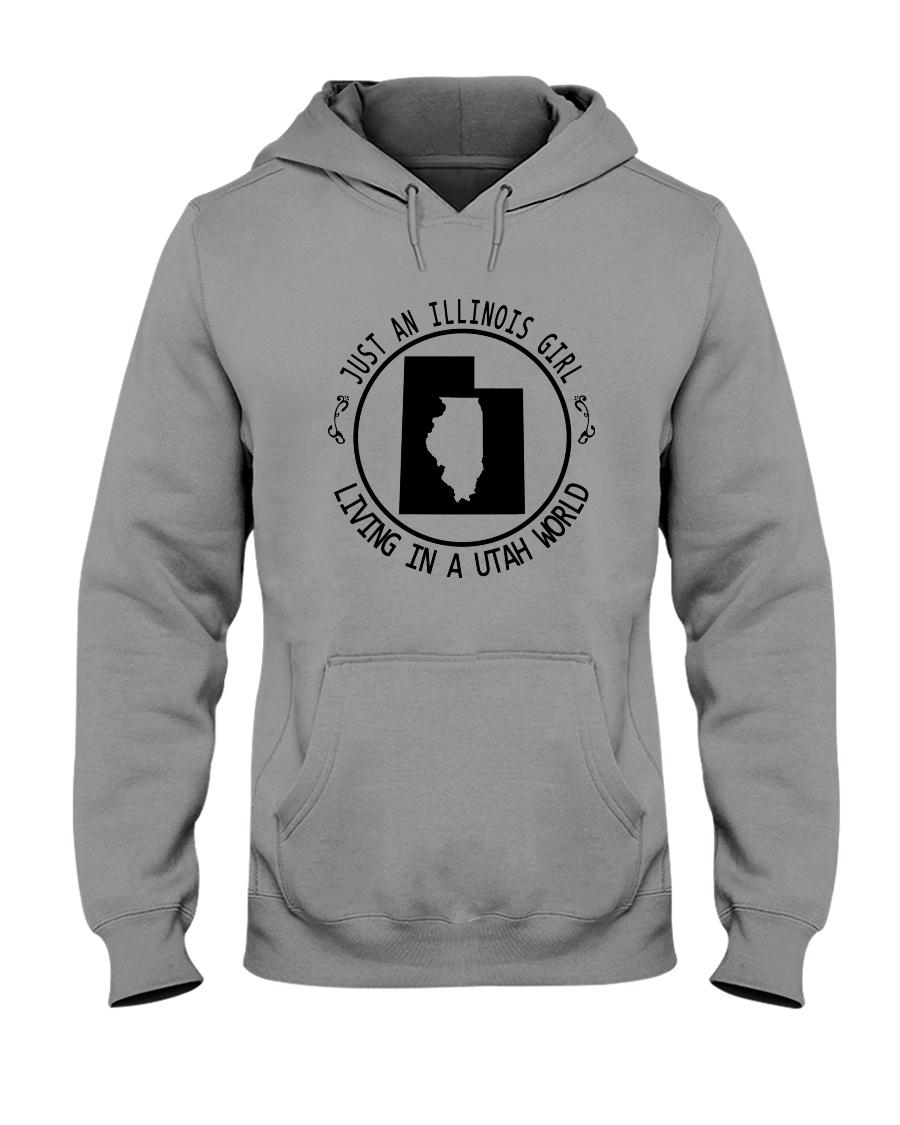 ILLINOIS GIRL LIVING IN UTAH WORLD Hooded Sweatshirt