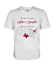 TEXAS PENNSYLVANIA THE LOVE MOTHER AND DAUGHTER V-Neck T-Shirt thumbnail