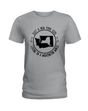 NEW YORK GIRL LIVING IN WASHINGTON WORLD Ladies T-Shirt thumbnail