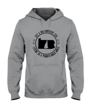 NEW HAMPSHIRE GIRL LIVING IN PENNSYLVANIA WORLD Hooded Sweatshirt front