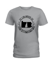 NEW HAMPSHIRE GIRL LIVING IN PENNSYLVANIA WORLD Ladies T-Shirt thumbnail