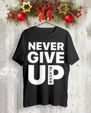 Moh-Salah-Never-Give-Up-Blackb-T-Shirt Classic T-Shirt lifestyle-holiday-crewneck-front-2