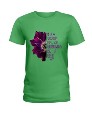 ANEMONE  in a world of full grandmas be a GiGi Ladies T-Shirt front