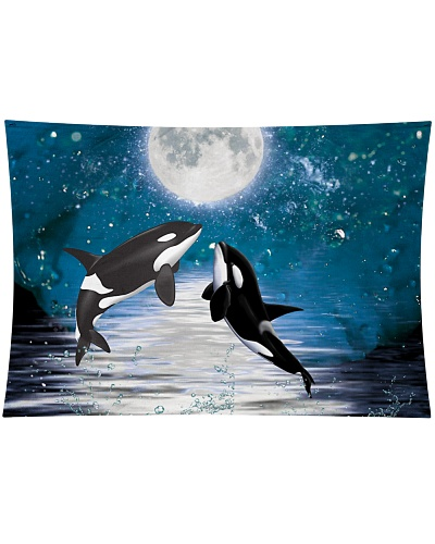 Orcas romance