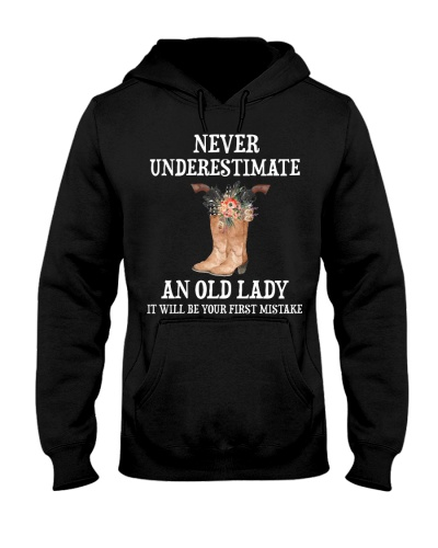 Horse Never Underestimate An Old Lady