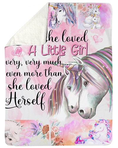 Baby Unicorn And She Loved A Little Girl Very Very