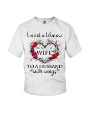 Im Not A Widow Youth T-Shirt thumbnail