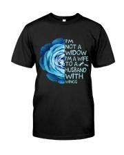 Im Not A Widow Classic T-Shirt thumbnail
