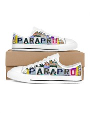 shoe plate parapro   Men's Low Top White Shoes inside-right-outside-right