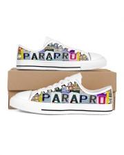 shoe plate parapro   Women's Low Top White Shoes tile