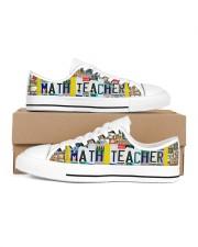 shoe plate math teacher   Men's Low Top White Shoes inside-left-outside-left