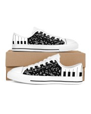 piano keys music notes sneakers Women's Low Top White Shoes thumbnail