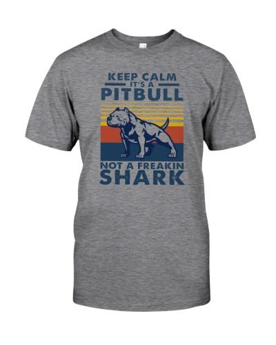 IT'S A PITBULL NOT A FREAKIN SHARK