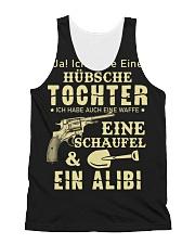 HÜBSCHE TOCHTER EINE WAFFE EINE SCHAUFEL All-over Unisex Tank thumbnail