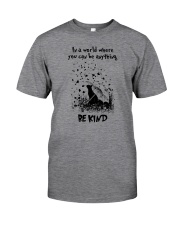 BE KIND CAT Classic T-Shirt front