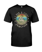 I RUN A TIHGT SHIPWRECK Classic T-Shirt front