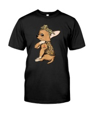 CHIHUACHUA LOVE MOM Classic T-Shirt front