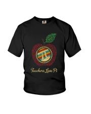 TEACHERS LOVE PI Youth T-Shirt thumbnail